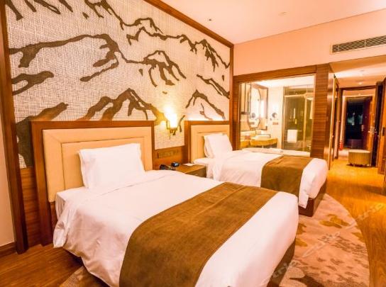 温泉皇冠假日酒店2